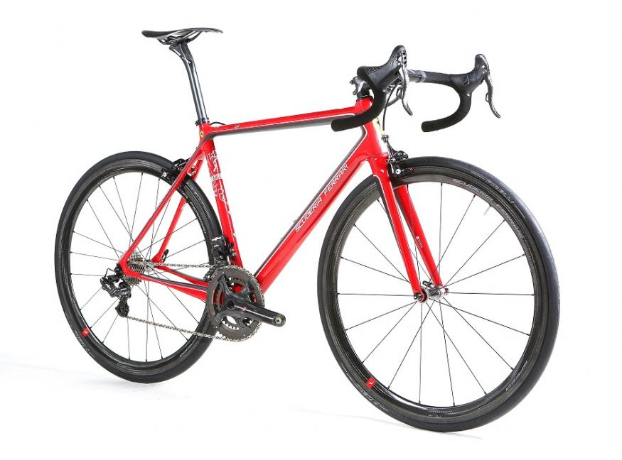 Bianchi Debut Ferrari Collaboration Bikes at Eurobike