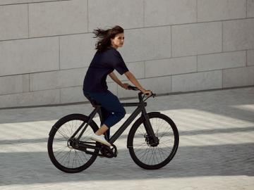 VanMoof Launch Anti-Theft E-Bike Range
